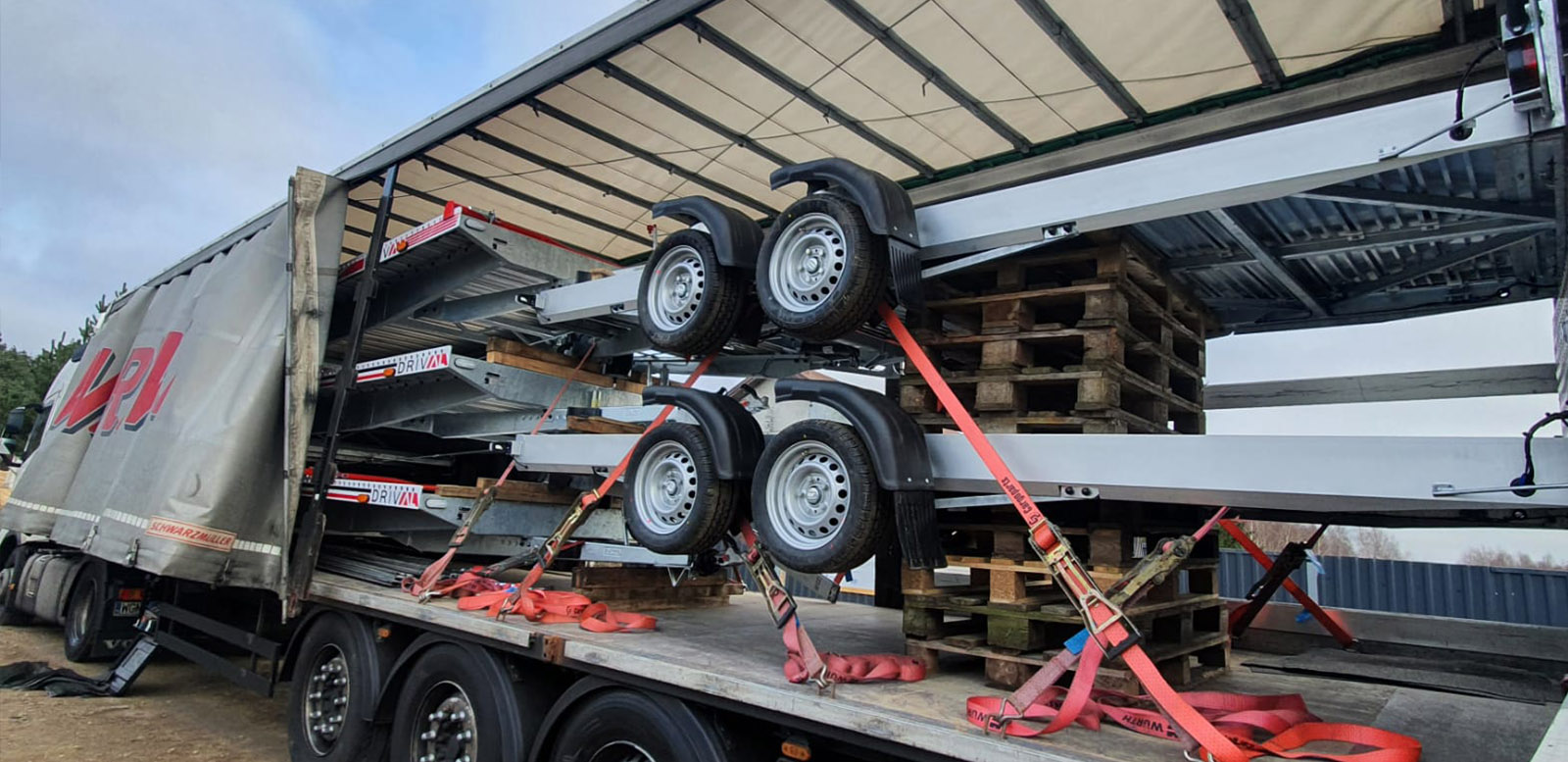 transport-przyczep-drival7
